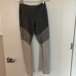 Outdoor Voices 7/8 Spring Leggings Grey - Size S
